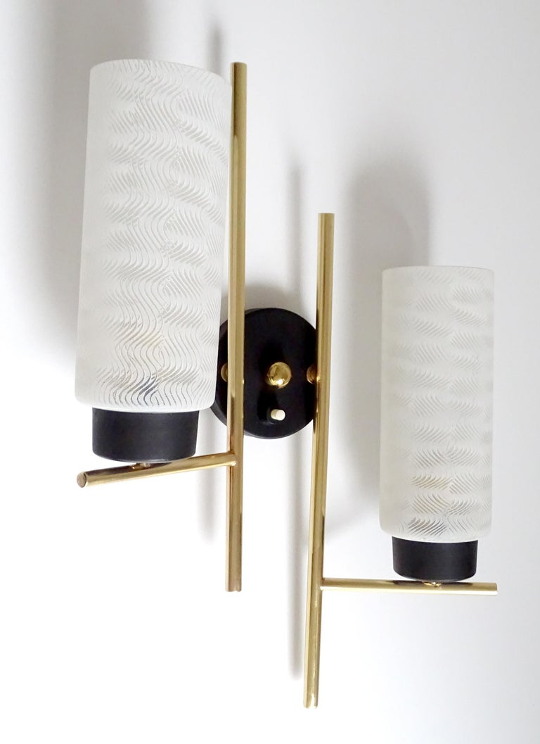 Pair of French  Midcentury Lunel Glass Brass Sconces, Stilnovo Gio Ponti Era For Sale 1