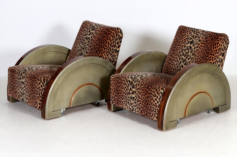 Mid-20th Century Pair of French Art Deco Armchairs For Sale