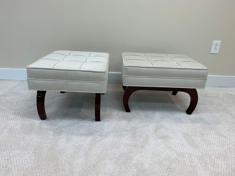 Pair of French Art Deco Benches in Walnut In Excellent Condition For Sale In Bernville, PA