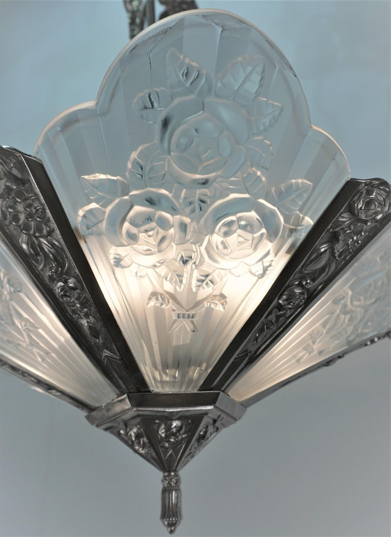Pair of French Art Deco Chandelier by Pierre Gilles For Sale 3