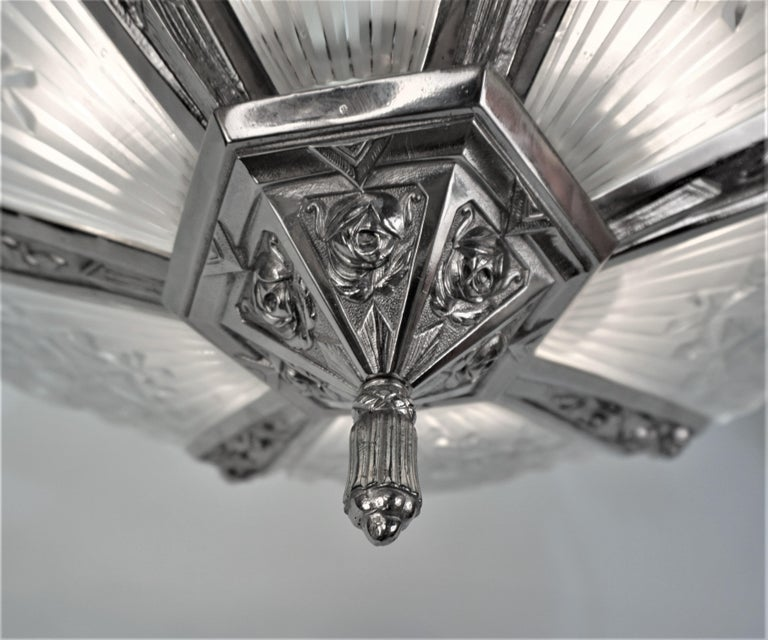 Pair of French Art Deco Chandelier by Pierre Gilles For Sale 4