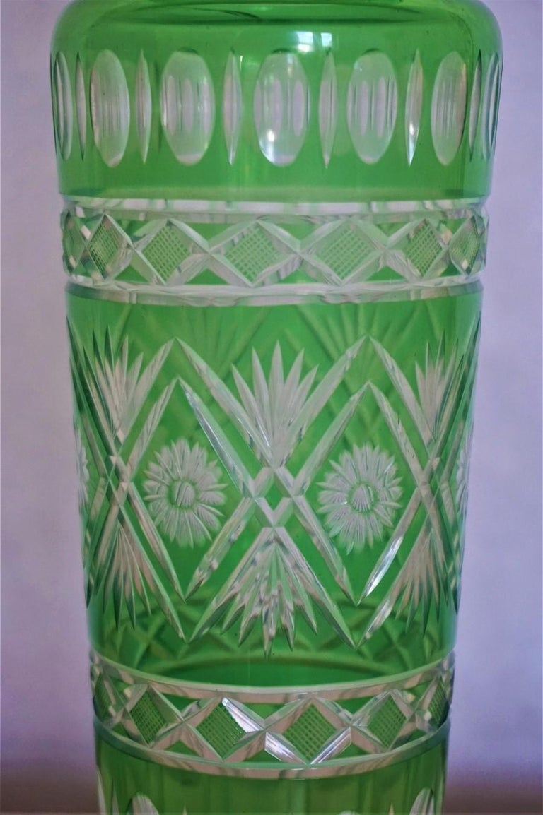 Pair of French Art Deco Crystal Vases Green Cut to Clear For Sale 1