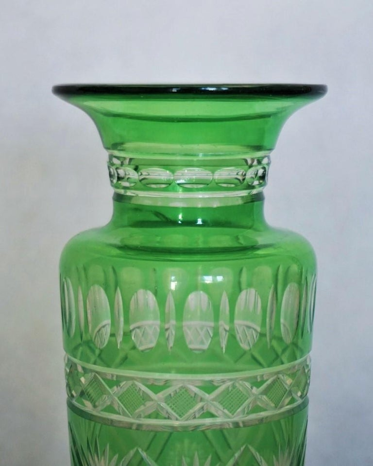 Pair of French Art Deco Crystal Vases Green Cut to Clear For Sale 3
