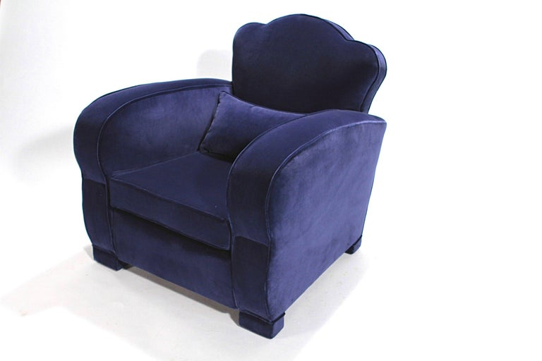Pair of French Art Deco Velvet Club Armchairs, 1940s For Sale 1