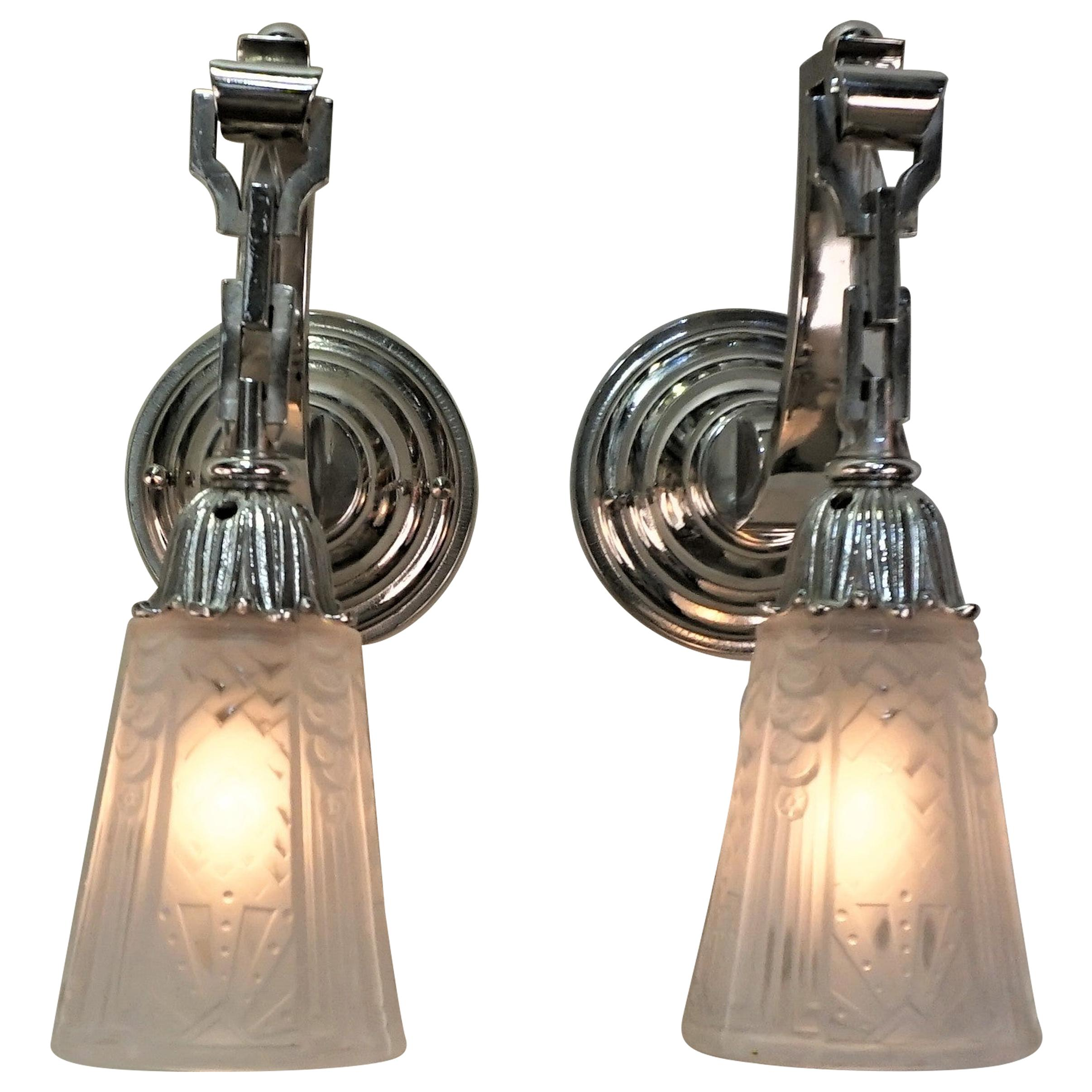 Pair of French Art Deco Wall Sconces by Muller Freres