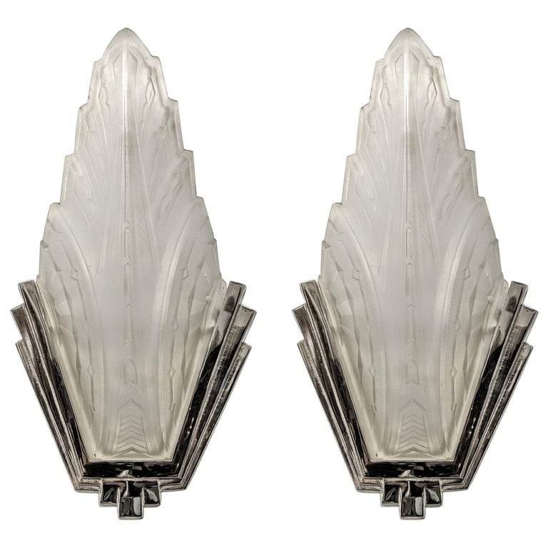 Pair of French Art Deco Wall Sconces Signed by Hanots For Sale