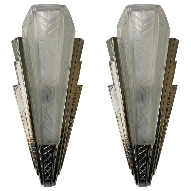 Pair of French Art Deco Wall Sconces Signed by P. Maynadier For Sale