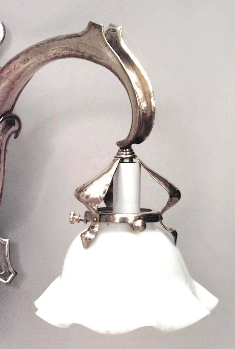 19th Century Pair of French Art Nouveau Brass Two-Arm Wall Sconces For Sale
