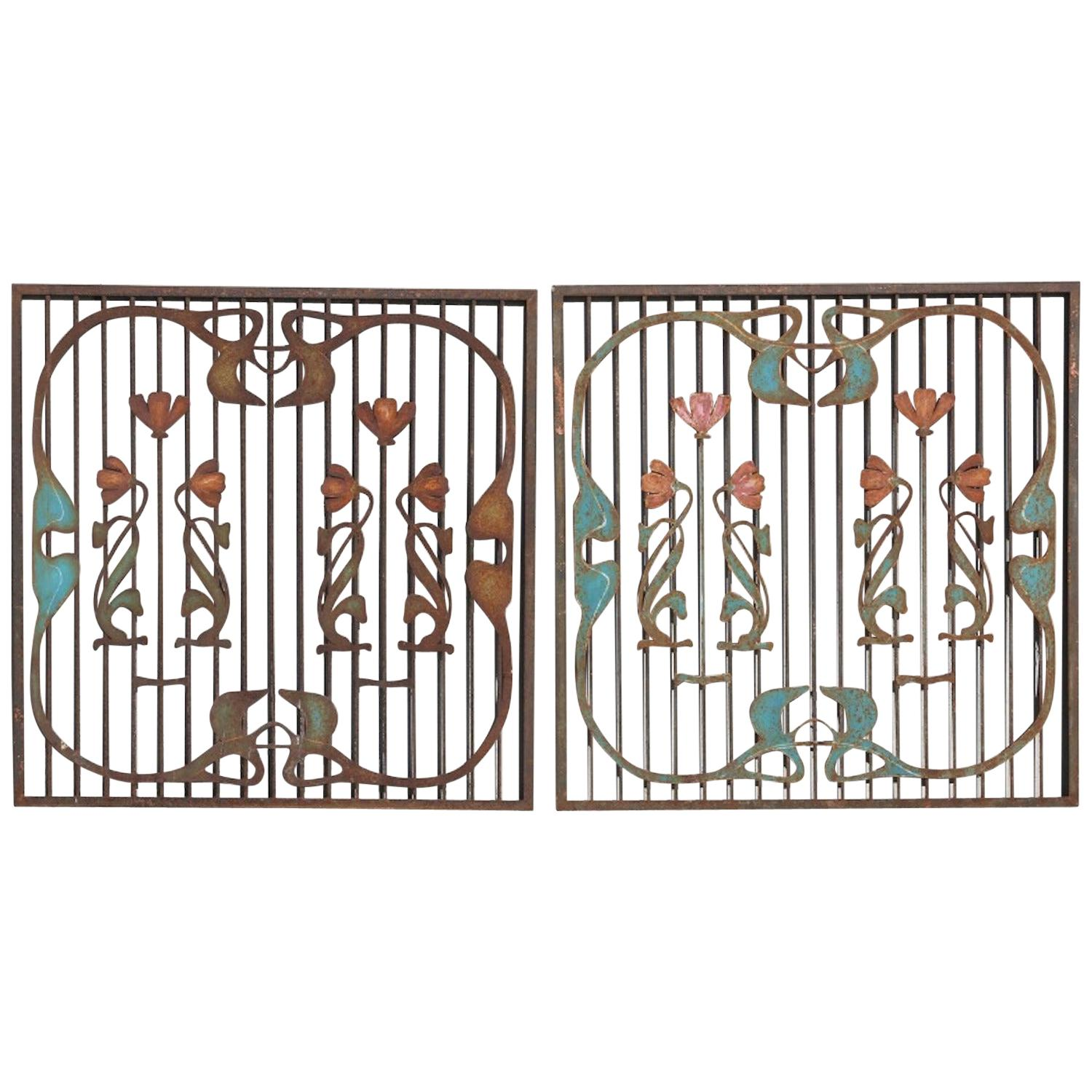 Pair of French Art Nouveau Wrought Iron Garden Gates, Early 20th Century