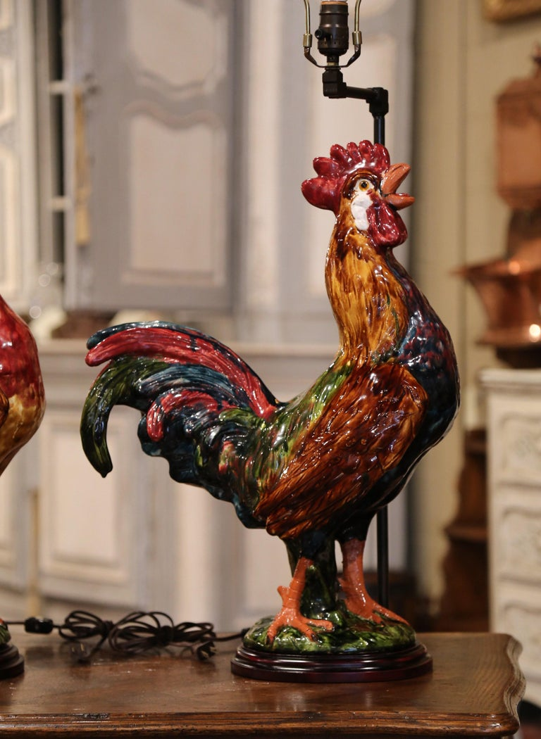 Pair of French Barbotine Ceramic Roosters Converted into Table Lamps For Sale 4