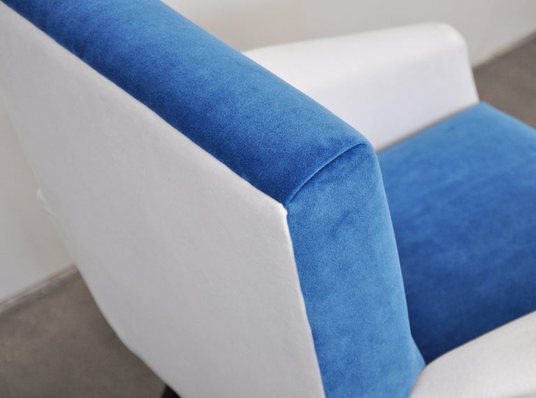 Pair of French Blue and White Velvet Lounge Chairs For Sale 4