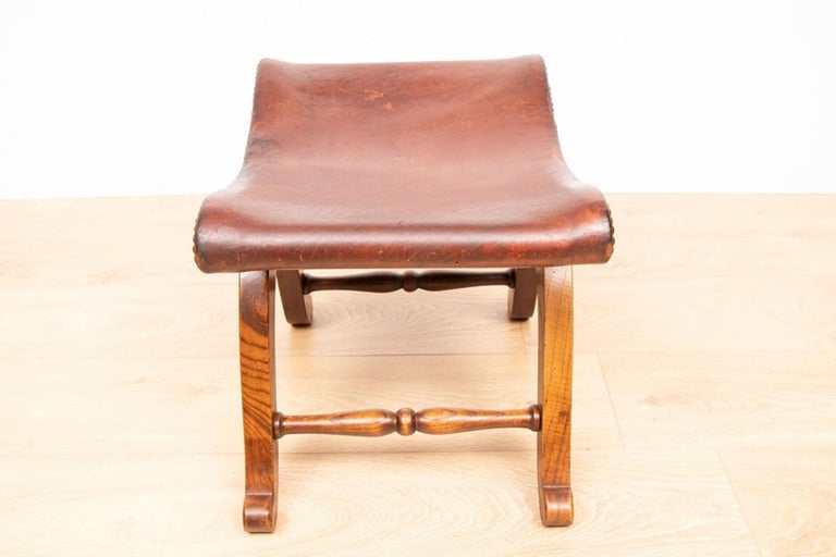 Mid-Century Modern Pair of French Brown Leather Stools by Pierre Lottier for Valenti, circa 1940 For Sale