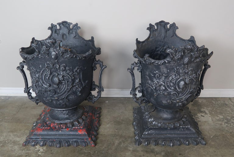 Rococo Pair of French Cast Iron Garden Planters, circa 1900 For Sale