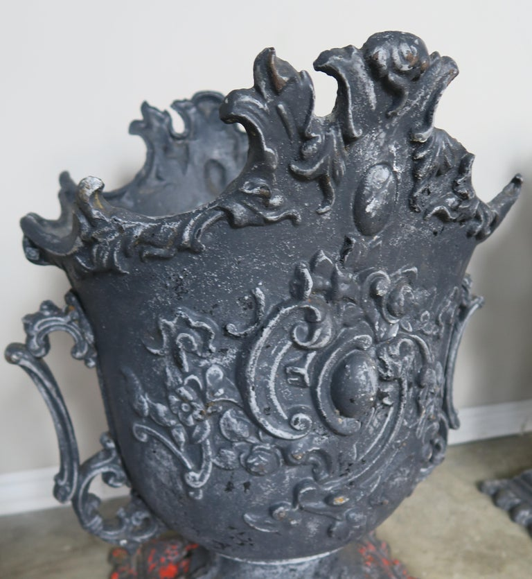 Pair of French Cast Iron Garden Planters, circa 1900 For Sale 3