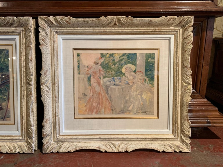 Pair of French Colored Lithographs in Carved Frames Signed Louis Icart, 1947 In Excellent Condition For Sale In Dallas, TX