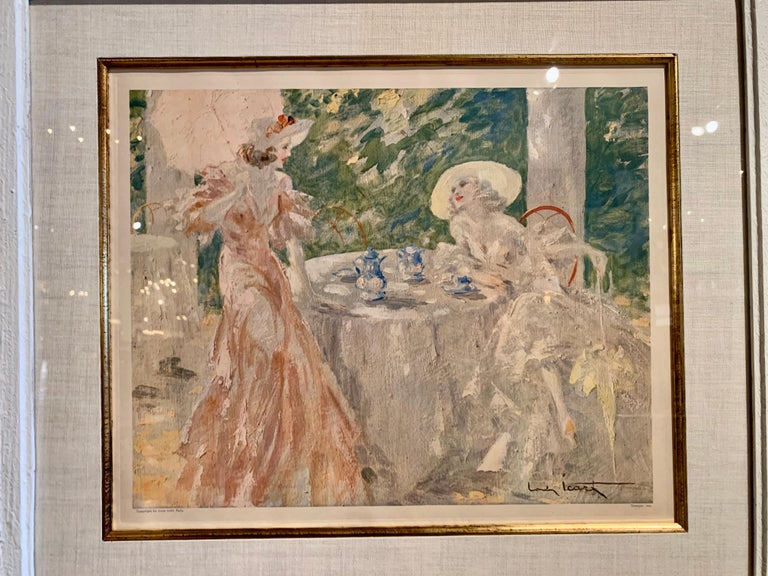 Pair of French Colored Lithographs in Carved Frames Signed Louis Icart, 1947 For Sale 3