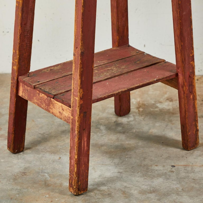 20th Century Pair of French Country Red Painted Wooden Planters on Long Splayed Legs For Sale