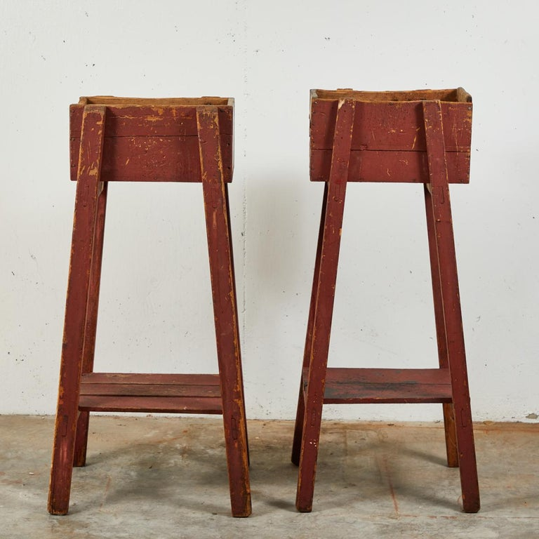 Pair of French Country Red Painted Wooden Planters on Long Splayed Legs For Sale 1