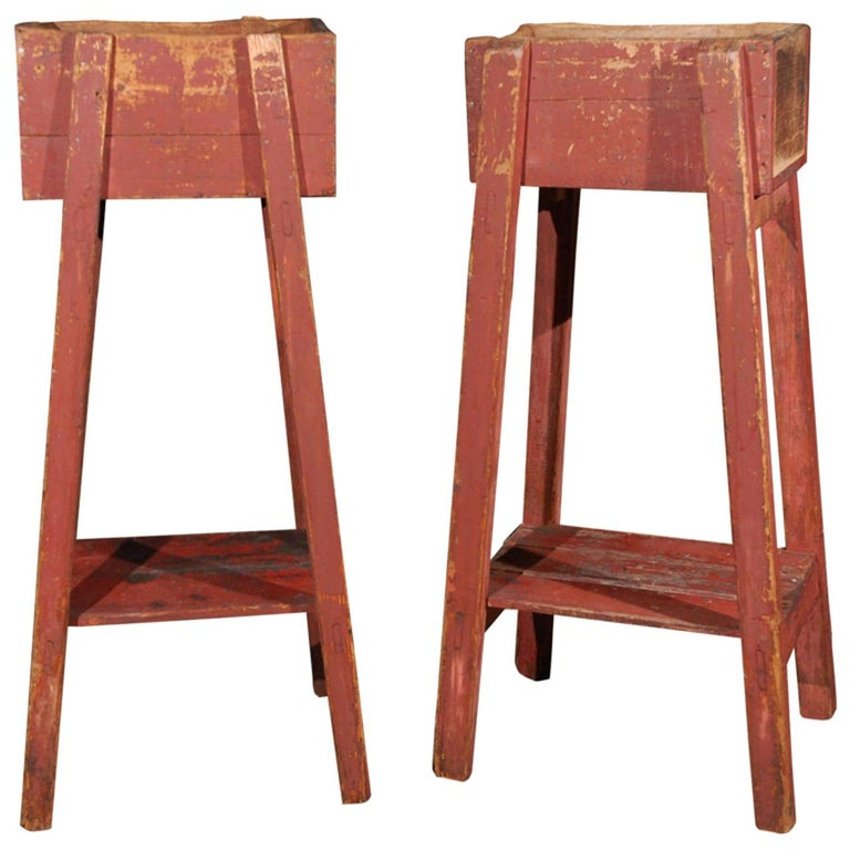 Pair of French Country Red Painted Wooden Planters on Long Splayed Legs For Sale
