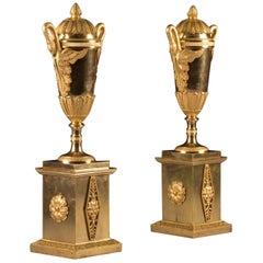 Pair of French Empire Gilt Bronze Cassolettes Decorated with Swans, circa 1805