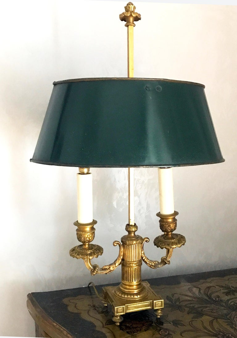 Pair of French Empire Gilt Bronze Two-Arm Bouillotte Lamps or Table Lamps, 1815 For Sale 9