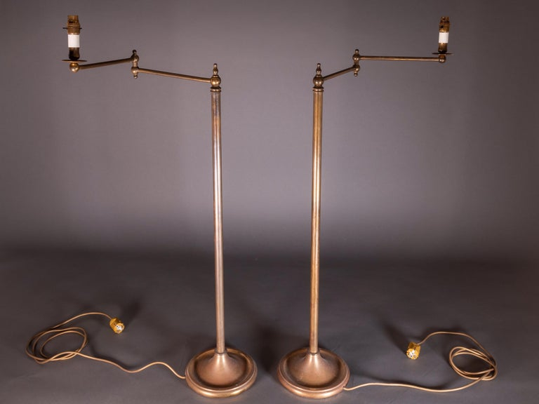 Pair of French Floor Lamps in Golden Brass For Sale 1