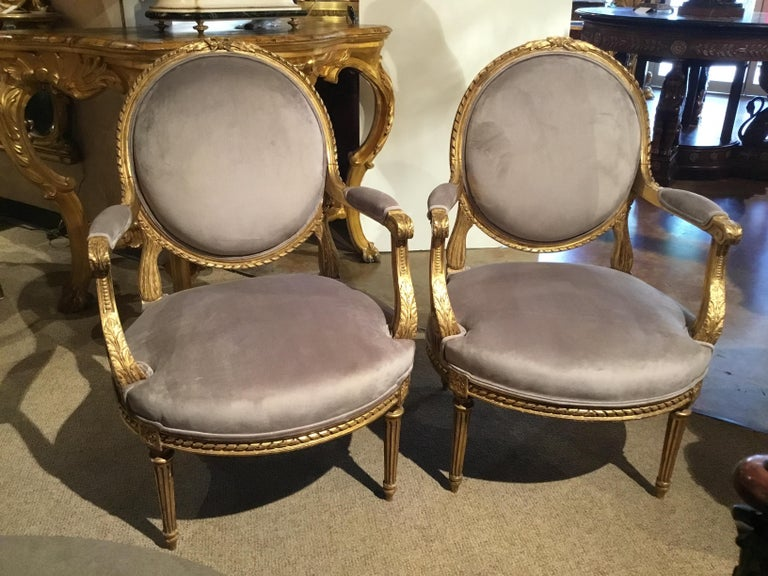 Pair of French Giltwood Louis XVI-Style Chairs with New Upholstery For Sale 7