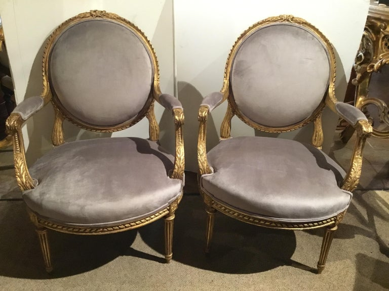 Pair of French Giltwood Louis XVI-Style Chairs with New Upholstery For Sale 1