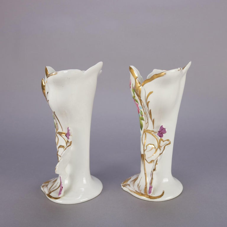 19th Century Pair of French Hand Painted and Gilt Porcelain Old Paris Spill Vases, circa 1880 For Sale
