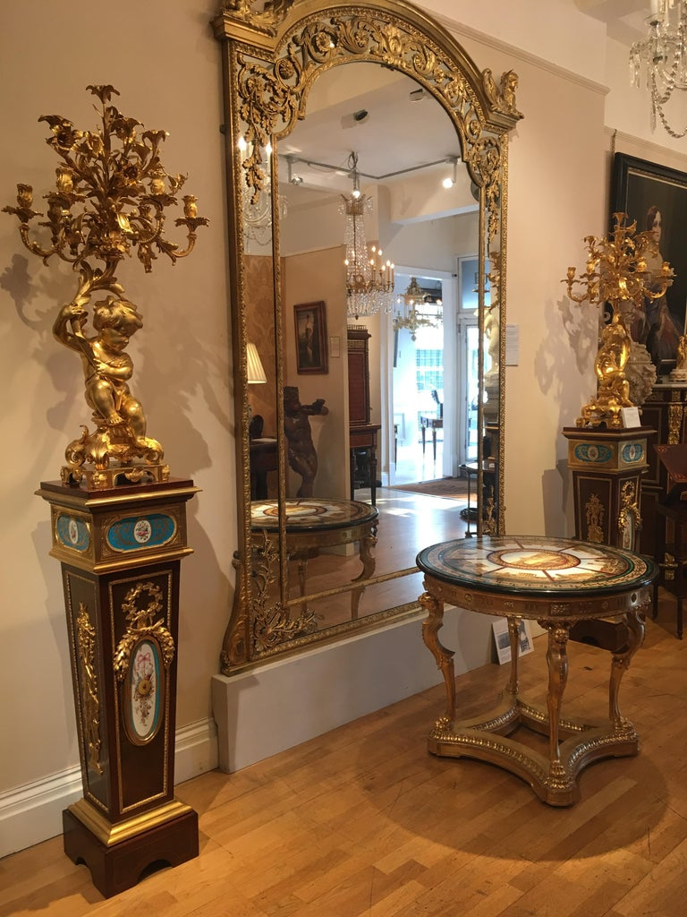Pair of French Harewood, Ormolu and Blue and White Porcelain Pedestals In Excellent Condition For Sale In London, GB