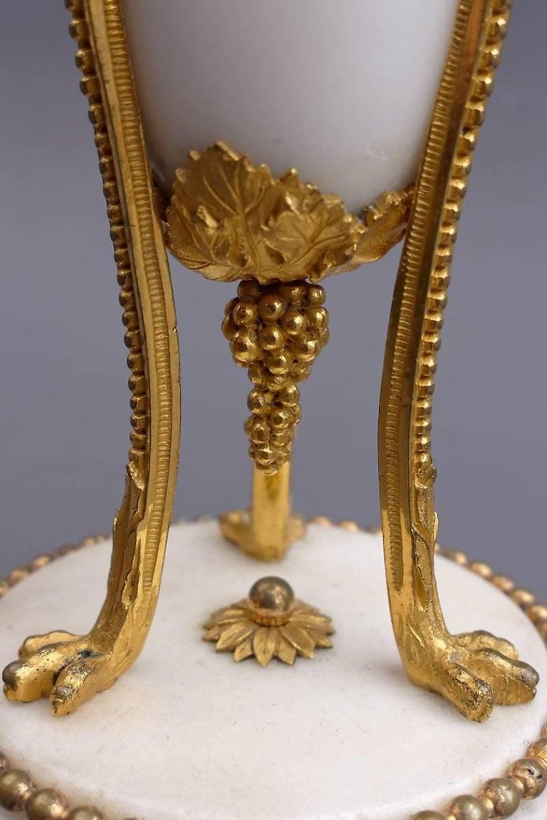 Paar Französische 18. Jahrhundert Louis XVI Messingbeschlag Leuchter 6