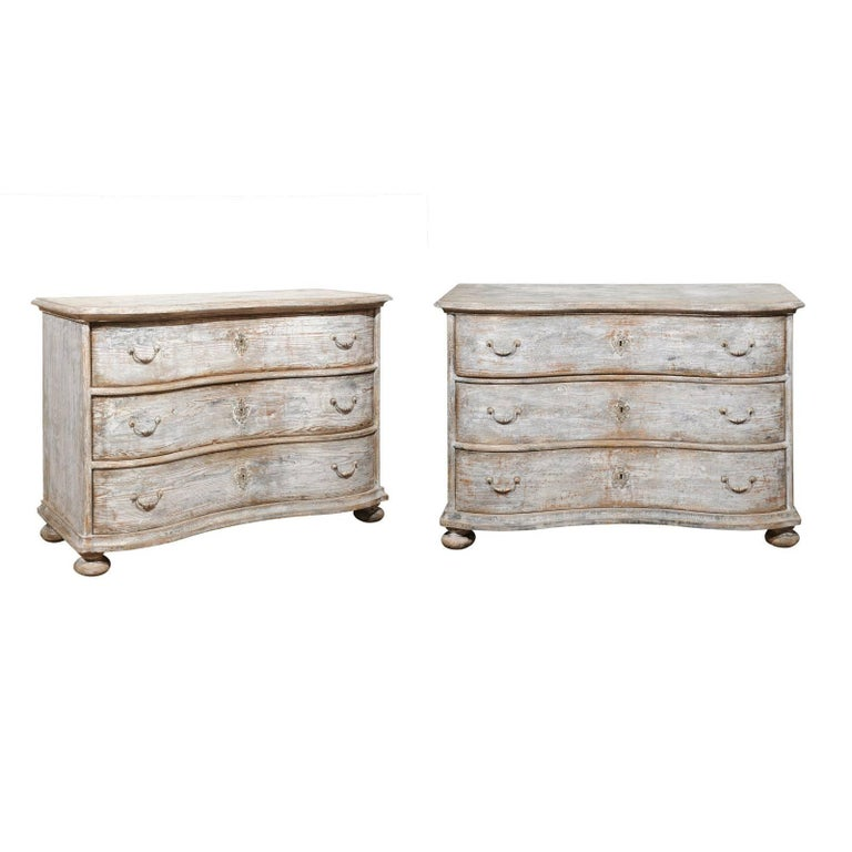 Pair of French Light Grey Painted Serpentine Three-Drawer Commodes, circa 1940