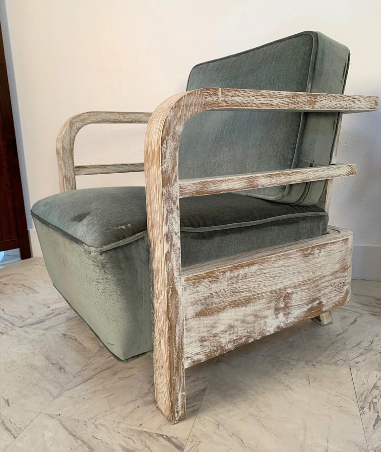 Pair of French Limed Oak Lounge Chairs In Good Condition For Sale In New York, NY