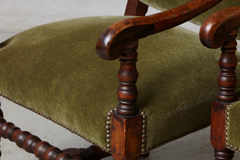 Pair of French Louis XIII Style Walnut Fauteuils / Throne Chairs in Green Mohair For Sale 5