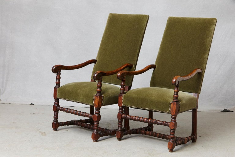 Pair of French Louis XIII Style Walnut Fauteuils / Throne Chairs in Green Mohair For Sale 1