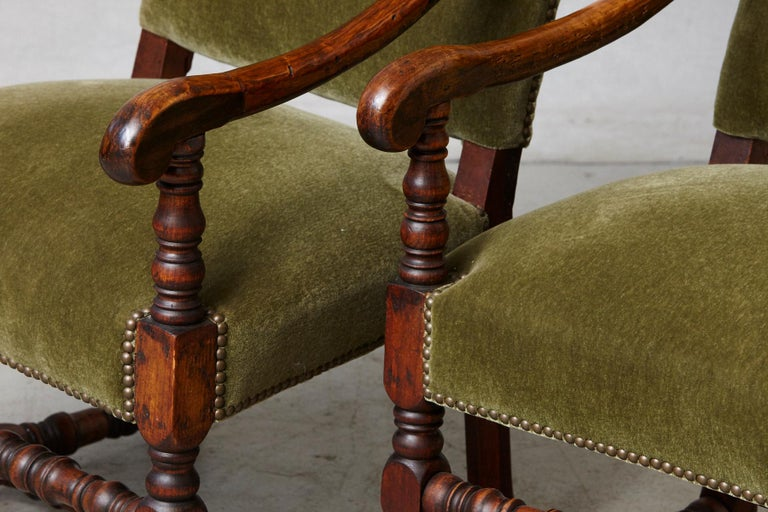 Pair of French Louis XIII Style Walnut Fauteuils / Throne Chairs in Green Mohair For Sale 2