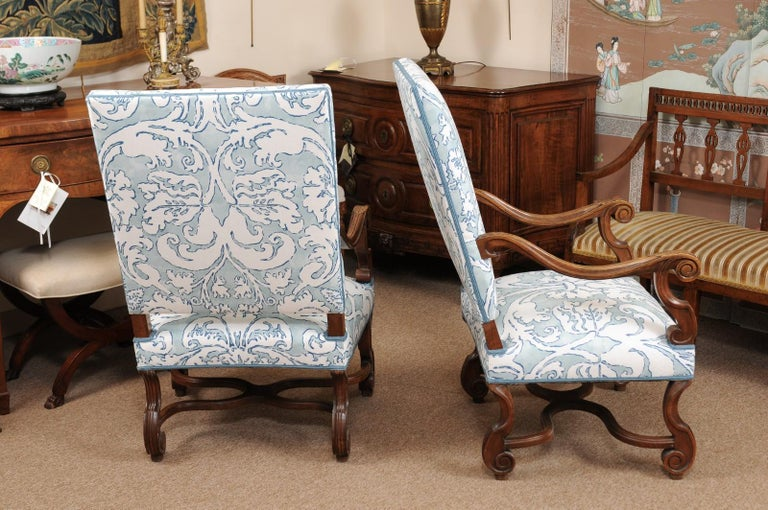 Pair of  French Louis XIV Style Walnut Armchairs, Late 19th Century In Good Condition For Sale In Atlanta, GA
