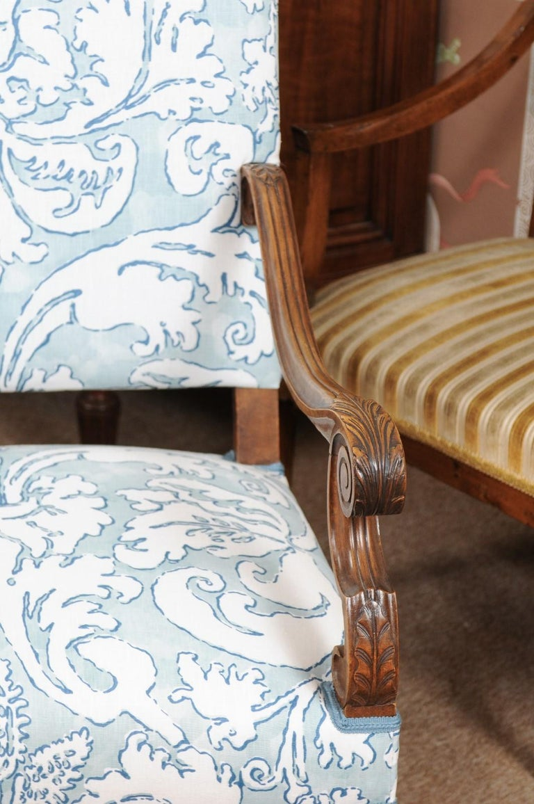 Pair of  French Louis XIV Style Walnut Armchairs, Late 19th Century For Sale 3