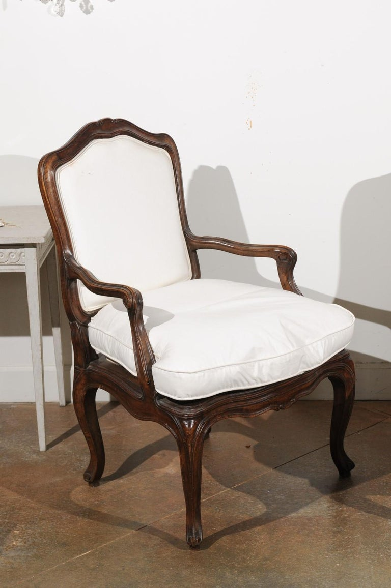 Pair of French Louis XV Style 1820s Walnut Fauteuils with New Upholstery 1