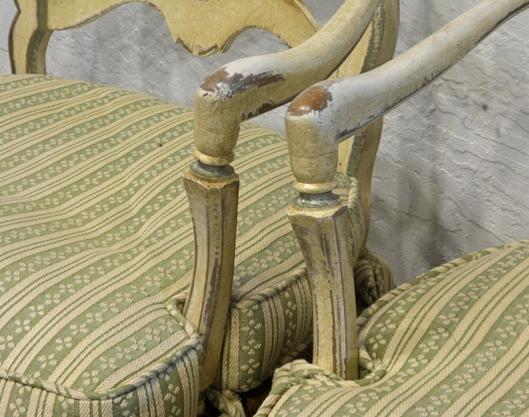 Pair of French Louis XV Style Carved and Painted Bergere Chairs, 20th Century For Sale 1