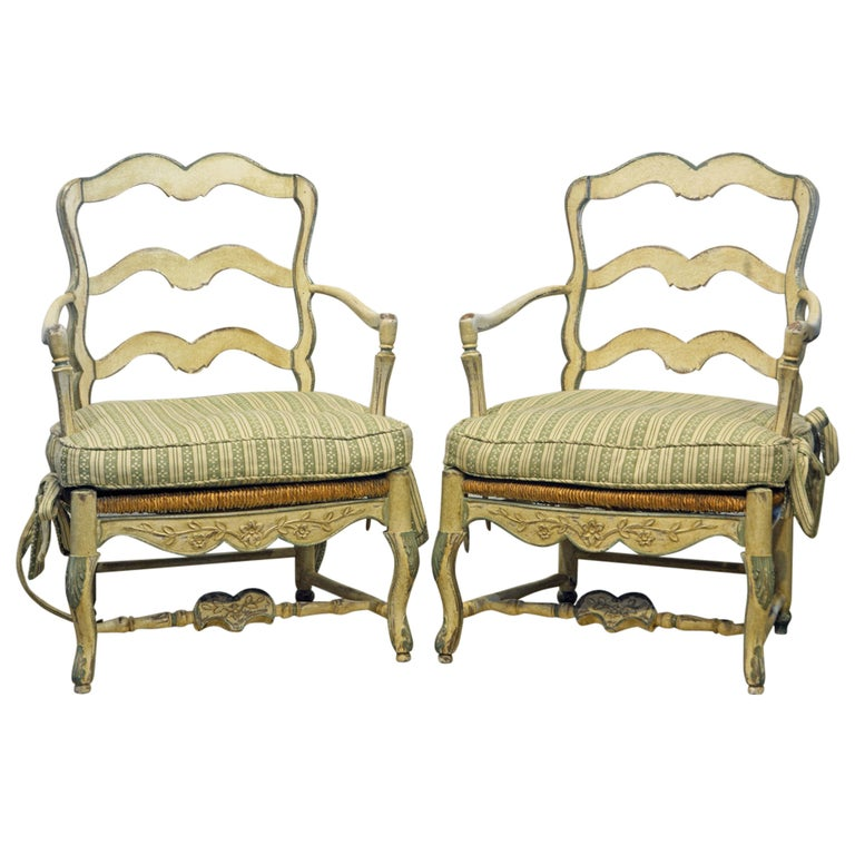 Pair of French Louis XV Style Carved and Painted Bergere Chairs, 20th Century For Sale