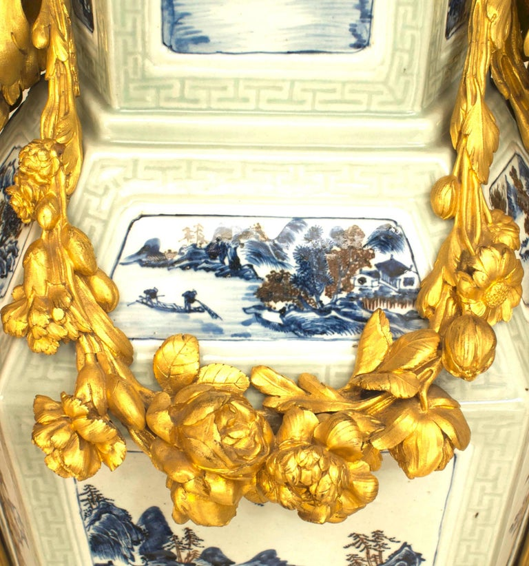 Pair of French Louis XV Style Pedestals, 19th Century For Sale 3
