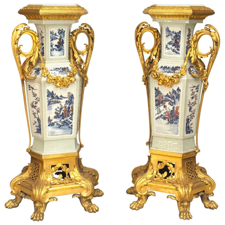 Pair of French Louis XV Style Pedestals, 19th Century For Sale