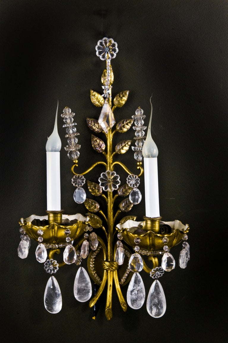 Pair of French Louis XVI Baguès Style Rock Crystal and Gilt Bronze Wall Sconces In Good Condition For Sale In New York, NY