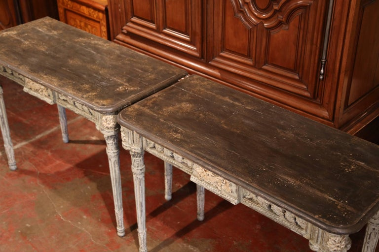 Pair of French Louis XVI Carved Polychrome Painted Four-Leg Consoles Tables  In Excellent Condition For Sale In Dallas, TX
