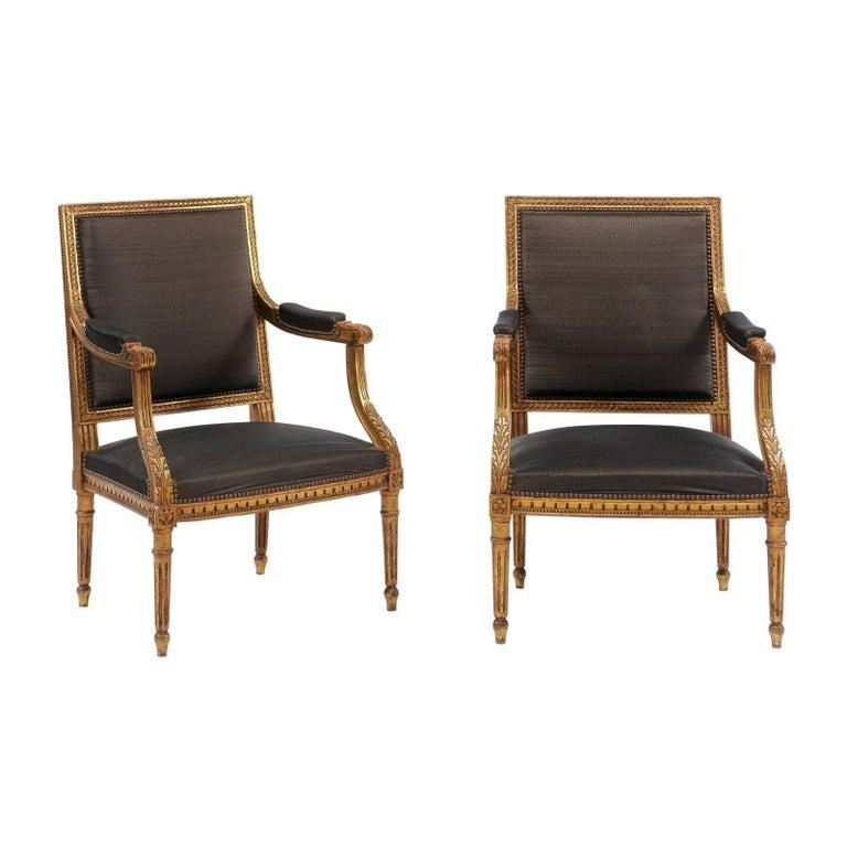 Pair of French Louis XVI Style Giltwood Fauteuils à  La Reine, Late 19th Century