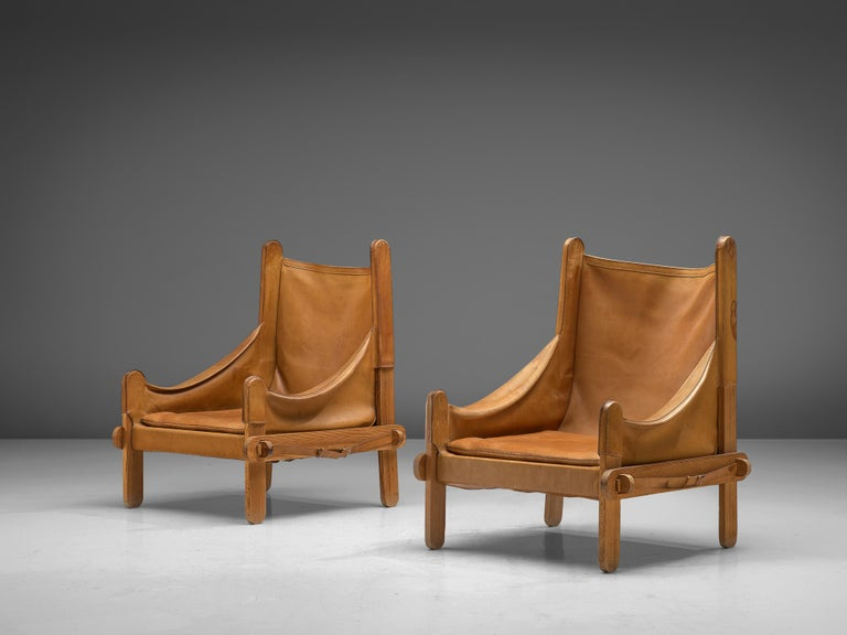 Pair of French Lounge Chairs in Cognac Leather In Good Condition For Sale In Waalwijk, NL