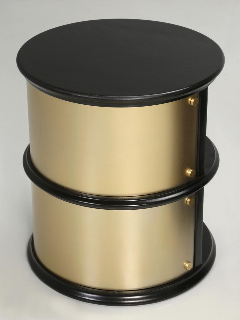 Pair of French Mid-Century Modern Side Tables, Black with Cold Plated Bronze For Sale 4