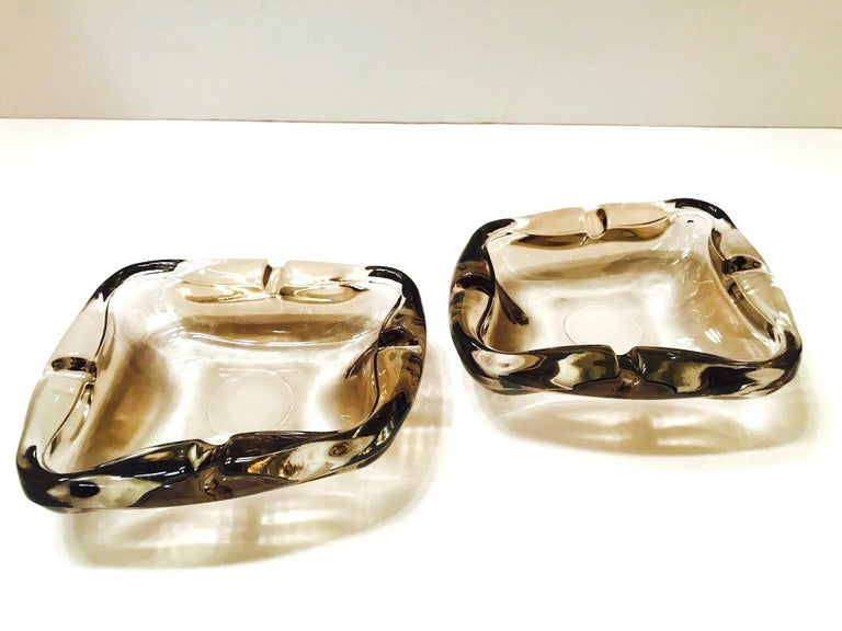 Pair of French Mid-Century Modern Smoked Glass Ashtrays, 1960s For Sale 6