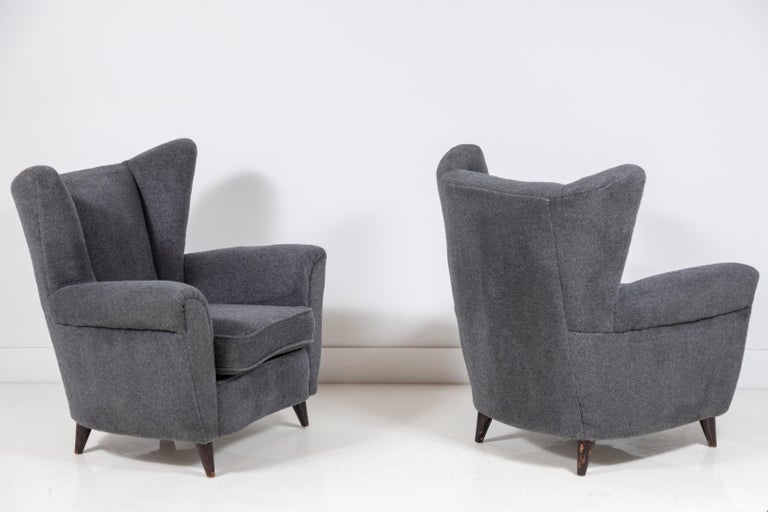 Pair of French Midcentury Wingback Chairs In Good Condition For Sale In Los Angeles, CA